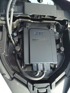 ETC車載器を装備