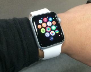 Apple Watchを購入したので一日使ってみた使用感、感想、レビューなどを_腕に付けた4